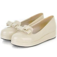 Essential Beige Patnet Leather Platforms with Bow