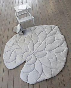 Diy Cushion, Childrens Beds, Pillow Room, Kids Decor, Home Decor, Diy Pillows, Rug Making, Design Crafts, Favorite Color