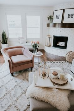 Home Tour: Family Room | Cella Jane