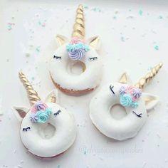 Bom dia! ~ . . . #unicórnio #unicorn #unicornio #meuarcoirisdeunicornio #instaunicornio #instaunicorn #unicornsarereal #unicornlover #unicornlove #licorne #likeforlike #like4like #likeme #likehere...