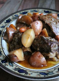 This might be the best beef slow cooker recipe I have ever made. I am serious. It was delicious. The beef turned out tender and fell right off the bone. The potatoes were out of this world! Soooo good! I found the original recipe in the Weight Watchers One Pot Cookbook. This cookbook is turning …