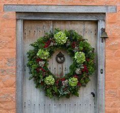 Bespoke Christmas wreath by Kitten Grayson at The Chelsea Gardener. For more inspiration, visit www.thehousedirectory.com