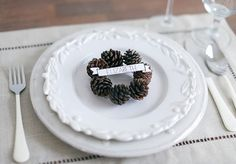 DIY Pinecone Wreath