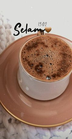 Coffee Shot, My Coffee, Coffee Time, Chocolate Sweets, Chocolate Coffee, Tea Lover Quotes, Latte, Food And Drink, Yummy Food