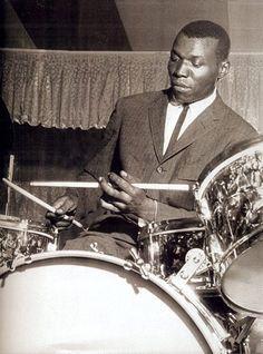"RL Elvin Jones, ""the world's greatest rhythmic drummer"". (Jimi Hendrix called Mitch Mitchell ""my Elvin Jones"". Jazz Artists, Jazz Musicians, Music Artists, Indie Music, Music Icon, Soul Music, Vintage Drums, Jazz Blues, Jimi Hendrix"