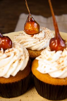 Apple Pie Cupcakes with Cinnamon Buttercream - Simply Delicious— Simply Delicious