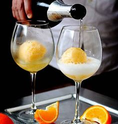 The best mimosas use orange sherbet instead of orange juice, PERFECT for a summertime brunch! (Or a summertime Sunday, sans brunch. Party Drinks, Cocktail Drinks, Cocktail Recipes, Alcoholic Drinks, Summer Cocktails, Orange Cocktail, Brunch Drinks, Brunch Party, Brunch Wedding