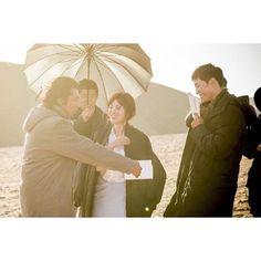 """Descendants of the Sun"" Song Joong-ki and Song Hye-kyo smiling together"