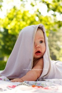 3 month old baby photoshoot #baby #3months #babywithblanket