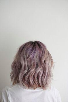 37 Short Pastel Hair Color Ideas to Refresh Your Casual Look - Short Hair Models Short Hair Waves, Short Hair Cuts, Short Hair Styles, Grunge Hair, Shoulder Length Hair, Gorgeous Hair, Beautiful, Hair Looks, Hair Lengths