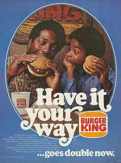 We've succeeded in gathering 25 Superbly Done Vintage Fast Food Ads and I'm sure that you're going to simply love them. Although fast food is certainly not healthy, and it also comes with strings attached such as obesity, we all take a burger bite onc… Retro Advertising, Retro Ads, Vintage Advertisements, Vintage Ads, Vintage Posters, Vintage Food, Vintage Black, 80s Posters, School Advertising