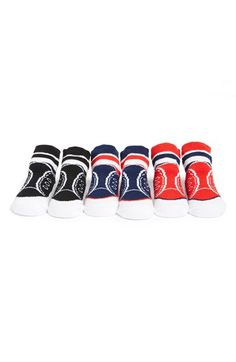 Free shipping and returns on Mud Pie 'Sport' Socks (3-Pack) (Baby) at Nordstrom.com. Let your baby's sporty side show with this set of soft, cotton-blend socks designed to look like lace-up sneakers. A duo of stripes at the ankle give each pair a retro finish.