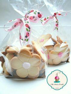 Bolsa con galletas de flores