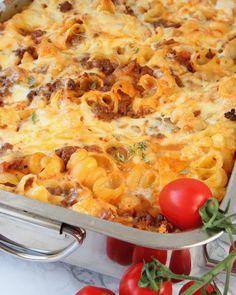Pastalasagne – Lindas Bakskola Meat Recipes, Pasta Recipes, Snack Recipes, Dinner Recipes, Minced Meat Recipe, Baked Bakery, Zeina, Dessert Drinks, Macaroni And Cheese
