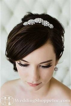 Sara Gabriel Bridal Headpiece Abby Comb from the Wedding Shoppe, http://www.weddingshoppeinc.com