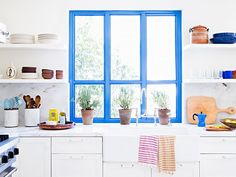 11 Expert Tips for Renovating Your Kitchen on a Budget: There's no need to sacrifice design or quality with these expert tips. via @mydomaine