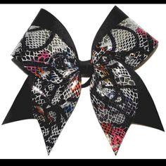 Sara has this bow !!!