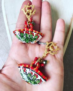 Ceramic Jewelry, Pendant Earrings, Sicily, Diy Clothes, Diy Tutorial, Jewerly, Projects To Try, Clay, Pendants