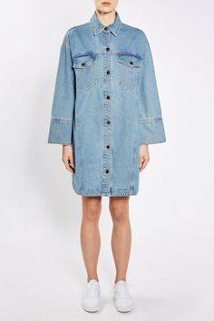 Denim shirt-dress+white sneakers. Spring Casual Outfit 2017