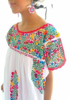 Want to earn Stitch Fix credit? Mexican Shirts, Mexican Blouse, Mexican Dresses, Mexican Outfit, Mexican Style, Mexican Embroidery, Mexican Embroidered Dress, Fiesta Outfit, Mexican Fashion