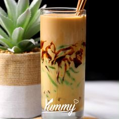 Cold Desserts, Dessert Drinks, Yummy Drinks, Yummy Food, Indonesian Food, Indonesian Desserts, Mojito Drink, Coffee Menu, Fun Easy Recipes