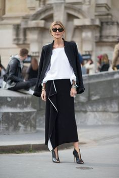Sarah Rutson | Street style | Black and white dressing | Harper and Harley