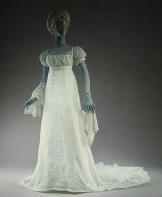 Evening dress | French | The Metropolitan Museum of Art 1804-5 French Cotton.