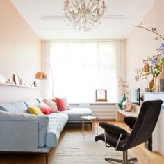 never liked pink walls before. Dream Home Design, House Design, Home Living Room, Living Spaces, Interior Exterior, Interior Design, Interior Ideas, Murs Roses, Pink Walls