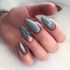 36 Perfect and Outstanding Nail Designs for Winter 2018 36 Perfect and Outstanding Nail Designs for Winter dark color nails; nude and sparkle nails; Dark Color Nails, Dark Nails, Nail Colors, Winter Nail Designs, Colorful Nail Designs, Gel Nail Designs, Nails Design, Winter Nails, Summer Nails