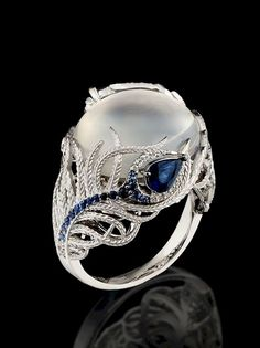 Moonstone Ring by Master Exclusive Jewellery