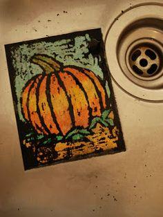 I love this type of art! a faithful attempt: Oil Pastel Resist Halloween Art Halloween Art Projects, Fall Art Projects, Halloween Painting, Class Projects, Classe D'art, Middle School Art Projects, School Ideas, 7th Grade Art, Pumpkin Art