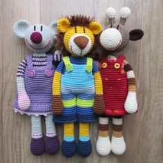 Crochet patterns – simple and clear from SchneckenkindShop - Stofftiere Cute Crochet, Crochet Toys, Knit Crochet, Newborn Toys, Baby Toys, Handmade Soft Toys, Handmade Gifts, Amigurumi Patterns, Crochet Patterns