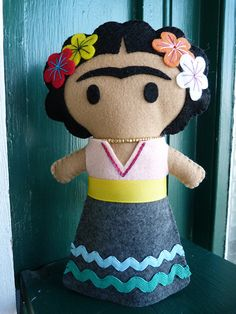 Frida Kahlo Felt Doll by IowaFeltFactory on Etsy https://www.etsy.com/listing/232614101/frida-kahlo-felt-doll