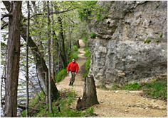 15 Great Spring Hikes in Wisconsin, Iowa, Minnesota, and Illinois