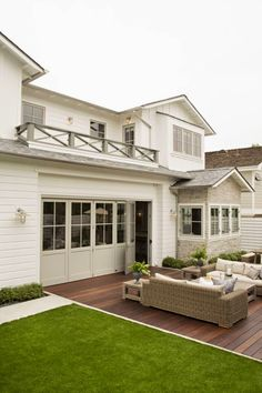 Exterior colors, clean landscaping | Eric Olsen Design