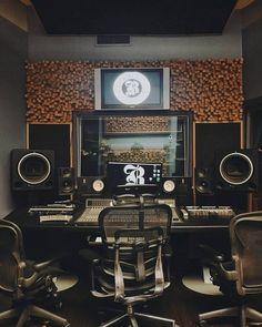 Audio Studio, Music Studio Room, Sound Studio, Studio Setup, Studio Ideas, Music Rooms, Recording Studio Design, Workspace Inspiration, Studio Interior