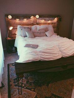 36 fun and cool teen dorm room bedroom ideas 34 36 fun and cool teen dorm room bedroom ideas 34 Related Small Room Bedroom, Home Decor Bedroom, Bedroom Ideas, Master Bedroom, White Bedroom, Bedroom Furniture, Bedroom Inspo, Narrow Bedroom, Bedroom Neutral
