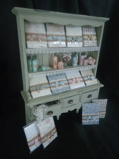 Accesorized linenshop cabinet 1/12th scale