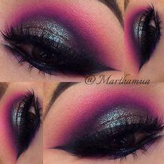 duochrome green lid (@maccosmetics blue brown pigment), hot fuchsia pink crease, winged liner   #colorful bright smokey eye makeup @marthamua #eyeliner #color #eyeshadow #purple