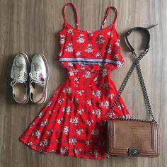 Vestido ❤ 119,00 ______________________________ ✈️ Enviamos para todo o Brasil ✨ Só varejo • Compre online pelo nosso site: { www.closetmix.iluria.com } - link na bio • Marque seu horário no nosso showroom : (62) 99921-4118 (62) 99950-3500 #goiania #moda #closetmix #tendencia #modafeminina  #estilo #cor