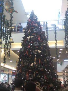 El de navidad en el shopping de San Justo.