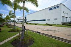 Sony Doubles Down on Mobile, Will Build New Smartphone Factory