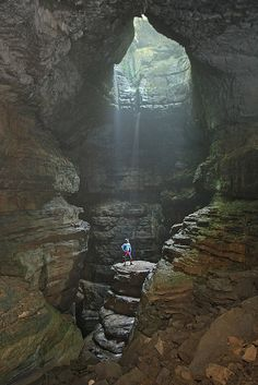 Stephen's Gap Cave, Main Pit in AL