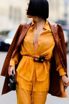 Best Street Style Looks From Milan Fashion Week 2019 - Fall Outfit Inspiration Best Street Style, Autumn Street Style, Cool Street Fashion, Street Style Looks, Elie Saab, Fashion Fotografie, Perfect Fall Outfit, Fashion Line, Asian Fashion