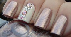 Anger with Swarovski crystals ~ More nail polish - Diy Nail Designs Get Nails, Fancy Nails, Love Nails, How To Do Nails, Hair And Nails, Sparkle Nails, Glitter Nails, Fabulous Nails, Gorgeous Nails