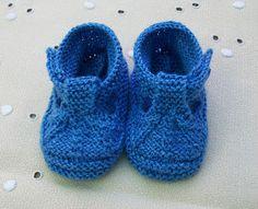 Blog Abuela Encarna Knitted Booties, Crochet Slippers, Knit Crochet, Knitting For Kids, Free Knitting, Baby Knitting, Knit Baby Shoes, Baby Wearing, Baby Items