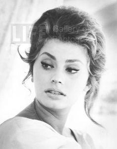 Sophia Loren, Close Up (© Alfred Eisenstaedt) 1961