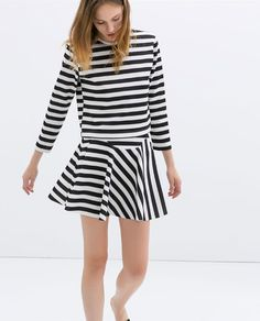 Image 3 of TWO-TONE STRIPED T-SHIRT from Zara