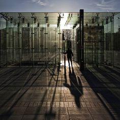 Pavillon of light... #igerspoland #igerswroclaw #igerswrocław #igerseurope #igersworld #igersworldwide #instagram #instagramers #wrocław #wroclaw #wroclove #wroclovers #canon #breslau #nfm #narodoweforummuzyki #polisharchiecture #polandarchitecture #light #swiatlo #światło #glass #szklo #szklo #pavillon #pawilon #cień #cien #shadow #shadowhunters