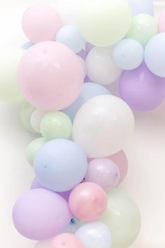 Balloon Arch Diy Discover Pastel Unicorn Garland Arch DIY Balloon Pack Mix of 12 10 5 inch Balloons Tools Wedding Hen Baby Bridal Shower Image Pastel, Pastel Art, Pretty Pastel, Pastel Colors, Pastels, Colours, Balloon Arch Diy, Balloon Garland, Rainbow Aesthetic